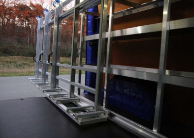 Extendable internal glass rack