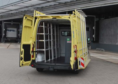 Internal glass rack combined with a roofrack and an external glass rack