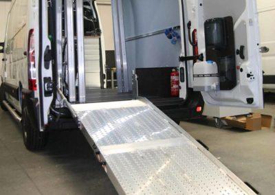 Speciale-inrichting-bedrijfswageninrichting