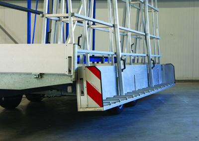Multifunctionele aanhangwagen met transportbank de Multimaster