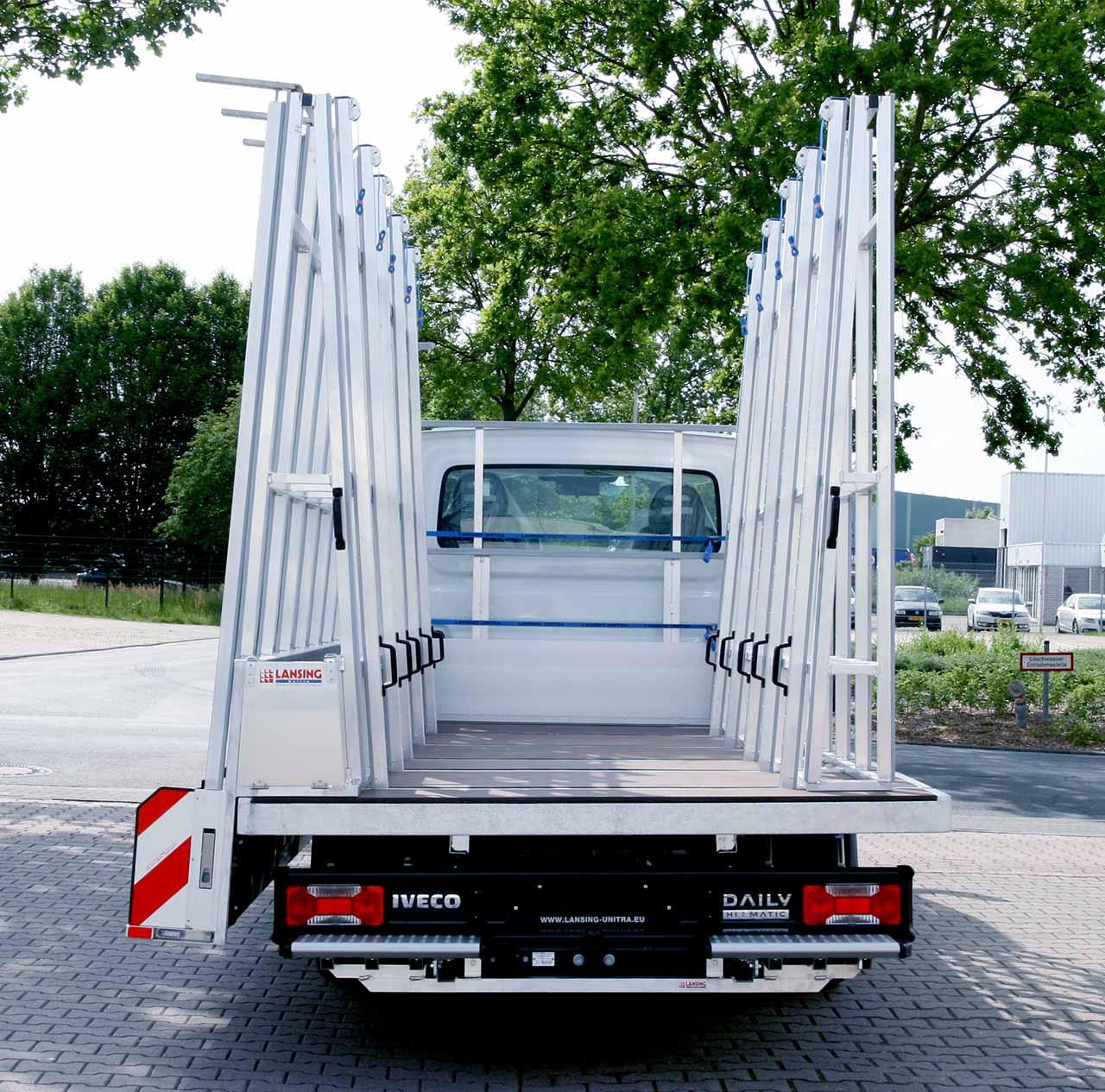 Aluminium-Glasreff-für-ein-Pritschenwagen