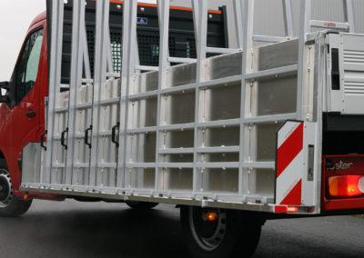 Pritschenwagen mit glasreffs - lansing unitra